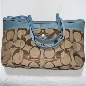 Coach Tote/ Small hand bag